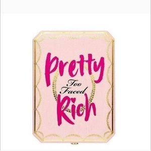 Too Faced Pretty Rich Diamond Light Eyeshadow